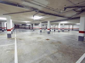 Garage  Espagne Costa del Azahar ALCOSSEBRE Appartements Alcocebre Suites 3000