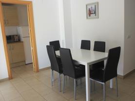 salon-comedor-1-apartamentos-las-palmeras-3000peniscola-costa-azahar.jpg