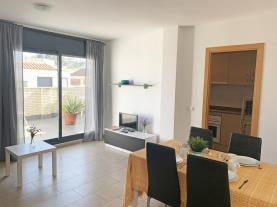 salon-comedor-12-apartamentos-las-palmeras-3000peniscola-costa-azahar.jpg