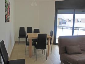 salon-comedor-5-apartamentos-las-palmeras-3000peniscola-costa-azahar.jpg