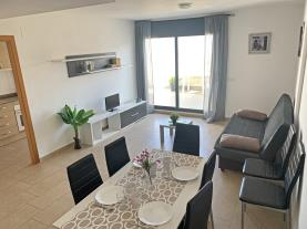 salon-comedor-9-apartamentos-las-palmeras-3000peniscola-costa-azahar.jpg