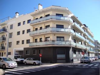 fachada-verano-apartamentos-las-palmeras-3000-peniscola-costa-azahar.jpg