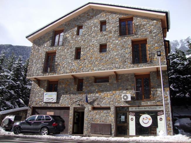 fachada-invierno-apartamentos-anem-3000-ordino-estacion-vallnord.jpg