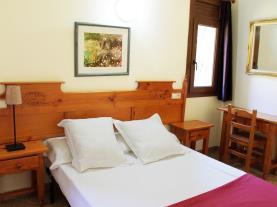 dormitorio-2-apartamentos-anem-3000ordino-estacion-vallnord.jpg
