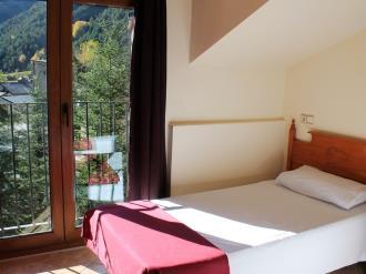 dormitorio_2-apartamentos-anem-3000ordino-estacion-vallnord.jpg