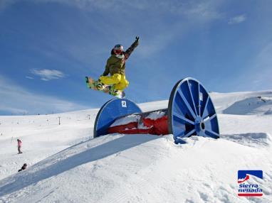 acrobacias-sierra-nevada.jpg