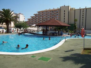 Apartamentos con piscina_4